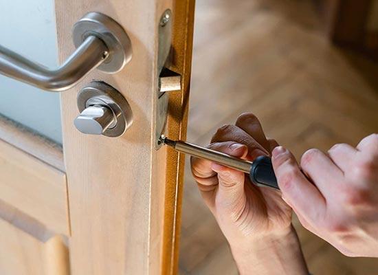 door-hardware-installation